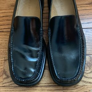 New Cole Haan Loafers Sz 10.5